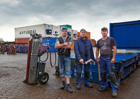 Mitarbeiter Container Reperatur HH
