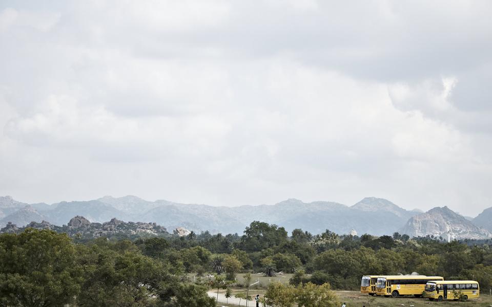 schoolbuses in india
